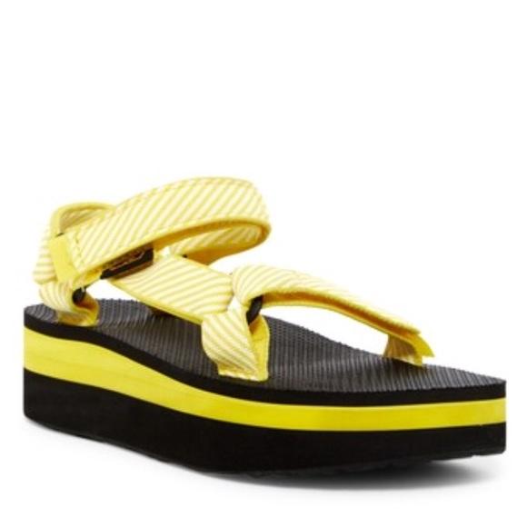 Flatform Universal Sandals Nwt Size 11